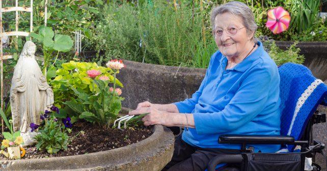 Zahradní terapie – metoda, která pomáhá lidem zpět do života