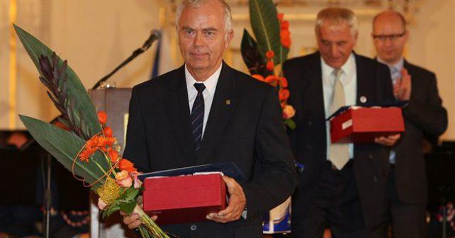 Starosta Rousínova vyvedl město z dluhů. Stal se nejlepším starostou Jihomoravského kraje.