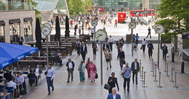 Londýnský obchodní dům zabaví znuděné muže na nákupech