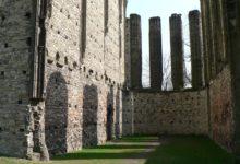 Nejatraktivnějším místem roku 2014 je ruina kostela v Panenském Týnci, trendy destinací Olomouc