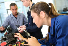 Absolventi z technických univerzit mají největší šanci na trhu práce