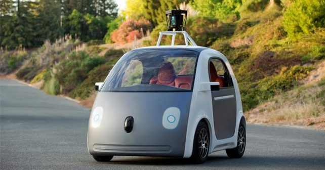 Google vyšle na silnice samořídící auto