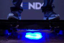 Výrobek budoucnosti ve tvaru skateboardu má zvedat zboží i budovy