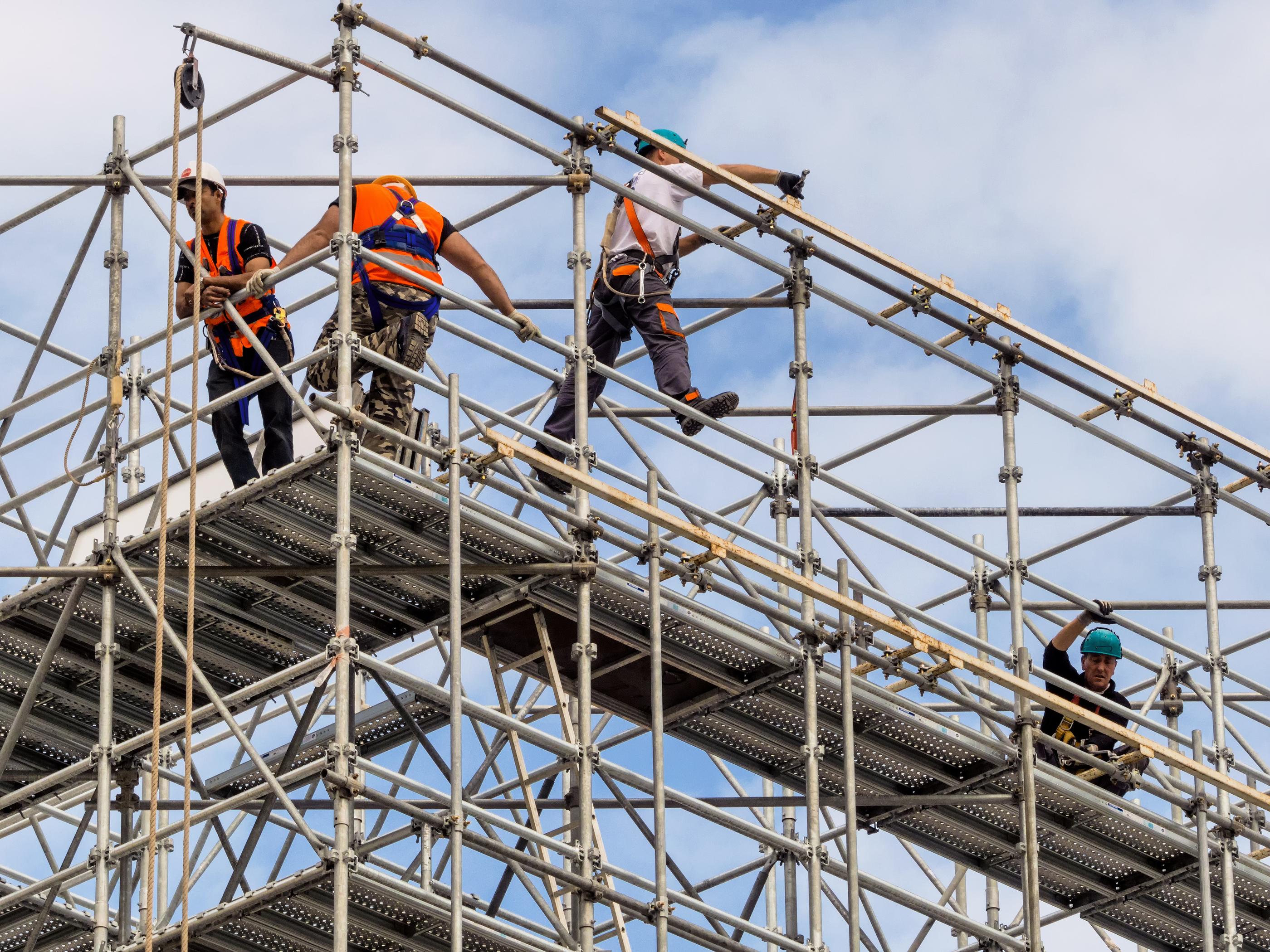 Stavebnictví čeká oživení, nábor nových zaměstnanců a nákup technologií
