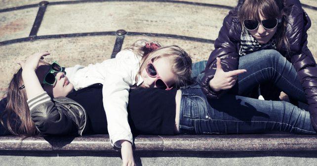 Britská vláda zaměstná mladistvé bez práce