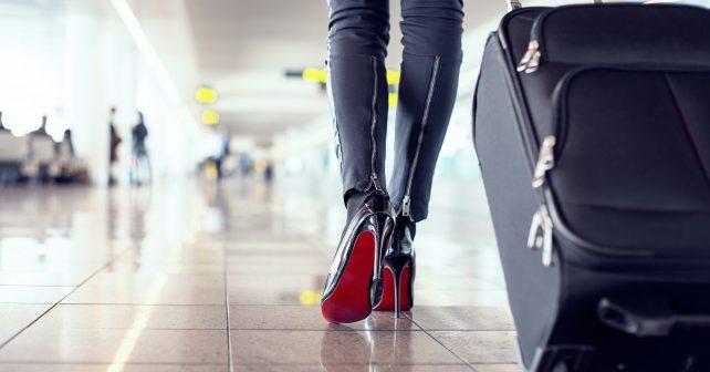 Nevíte, jaké oblečení si připravit před odletem? Poradí vám nová letištní kabina