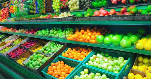 Tesco věnuje neprodané jídlo charitám
