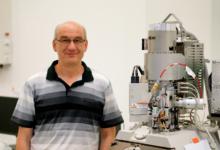 Brněnští vědci vyvinuli nový tubus elektronového mikroskopu