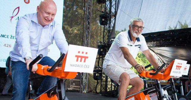 Filmové hvězdy i fanoušci vyšlapali na festivalu pro charitu přes půl milionu korun