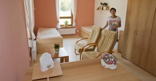 Ve Starém Městě začalo fungovat chráněné bydlení pro dvanáct lidí