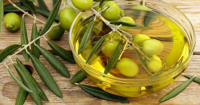 Panenský olivový olej je podle Italů přírodním lékem na cukrovku