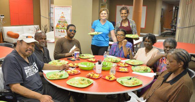 Spolek pořádá zdarma kurzy africké kuchyně a učí lidi jíst zdravěji