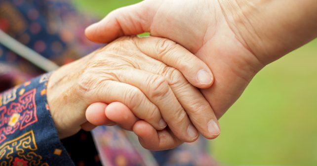 Sousedé platí tím, co kdo umí. Projekt podporuje vzájemnou výpomoc v komunitách