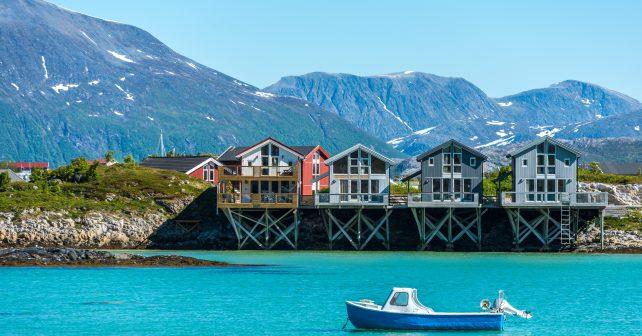 Norsko zřejmě po roce 2025 nepovolí prodej aut se spalovacím motorem