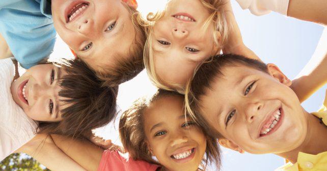 Vícejazyčné prostředí zlepšuje komunikaci dětí