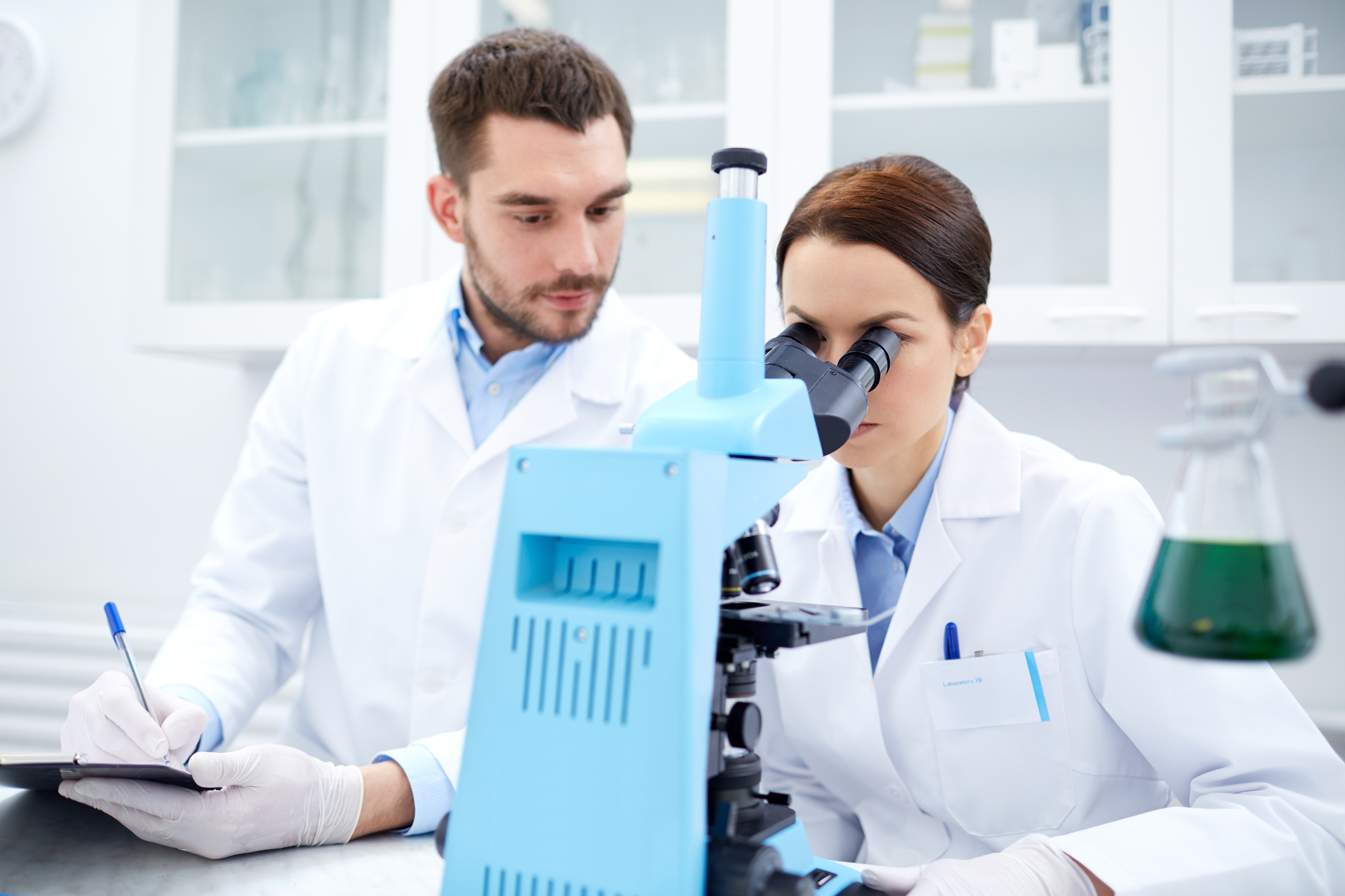 Vědci vytváří umělou kůži, která by umožnila lidem s protézou znovu cítit