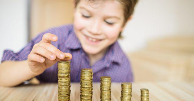Aplikace bude učit finanční gramotnost nejen na školách