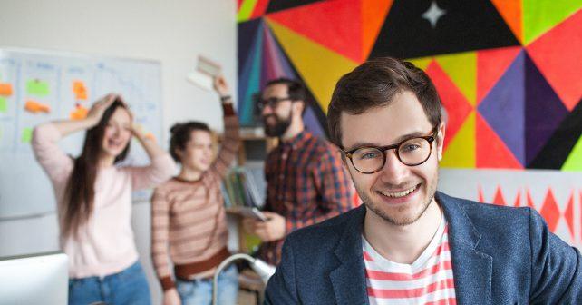 Manažeři štěstí mají docílit spokojenějších zaměstnanců