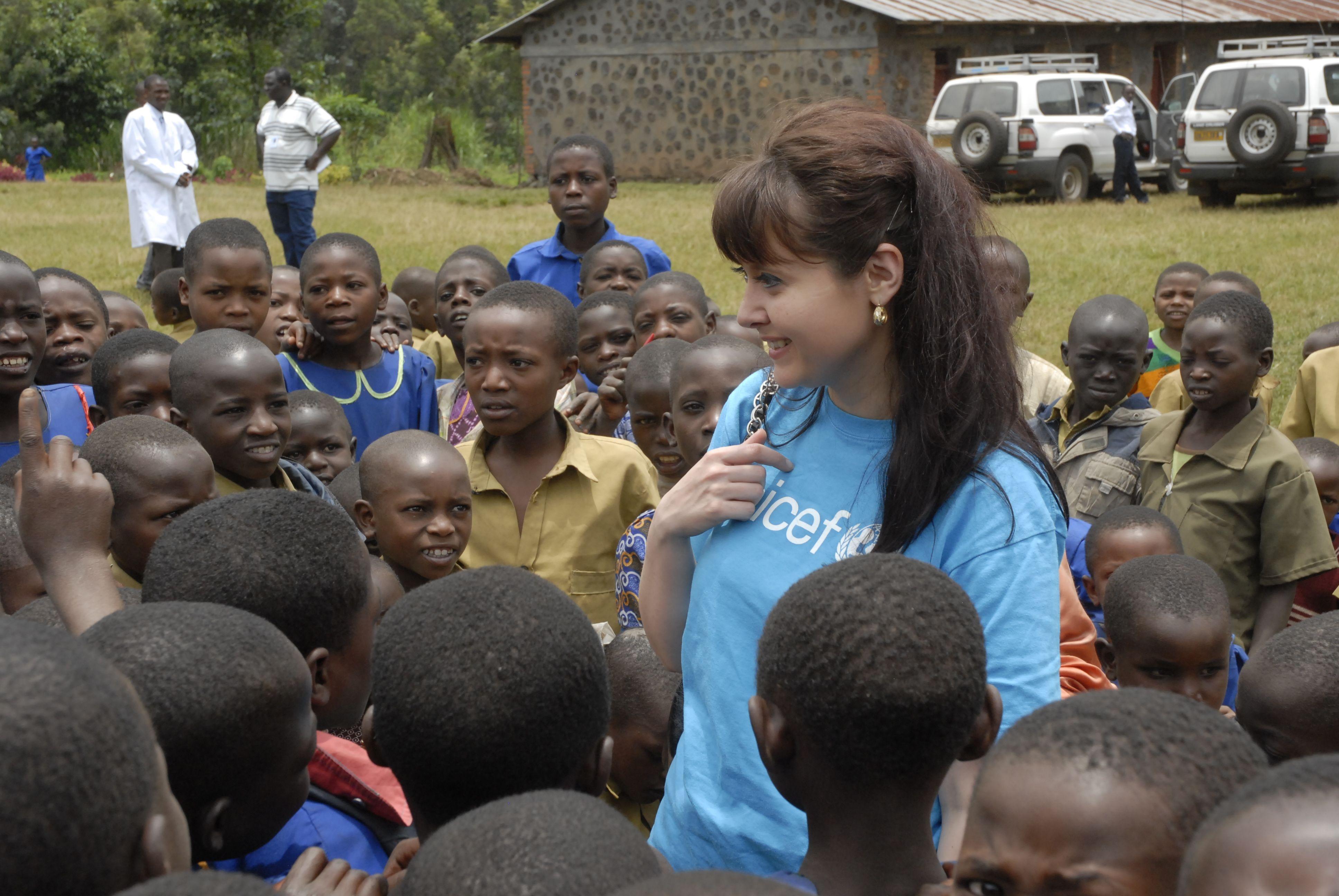 Ředitelka českého UNICEF Pavla Gomba: Děti potřebují někoho, kdo se o ně postará