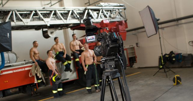 Jihomoravští hasiči svlékli uniformy. Podpoří nemocné děti