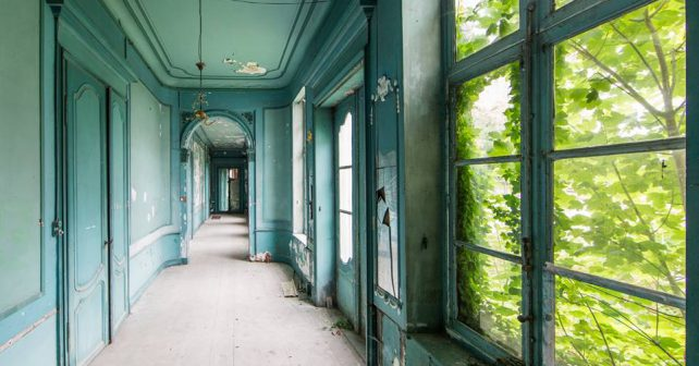 Fotograf zachycuje kouzlo opuštěných budov