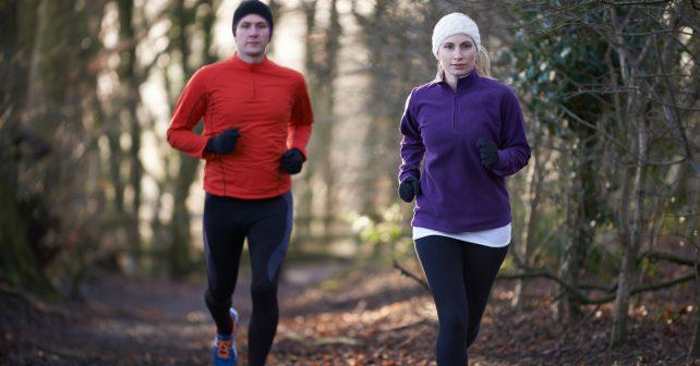 Firmy podporují zaměstnance v běhu, pomáhají tak nejen sobě, ale i charitě