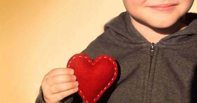 Laskavost dělá lidi šťastnými a štěstí laskavými