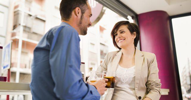 Komunikace s cizími lidmi nás může učinit šťastnějšími