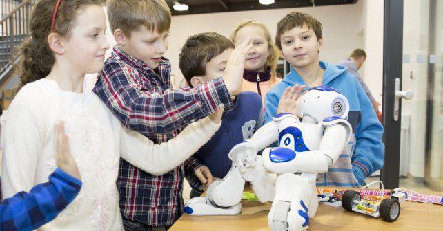 V  centru robotiky se děti naučí programovat i stavět roboty