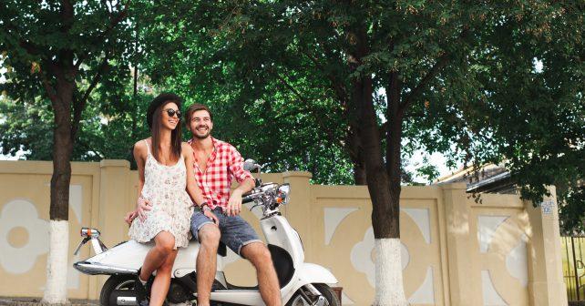 Motocyklisté budou parkovat v pražské modré zóně zadarmo