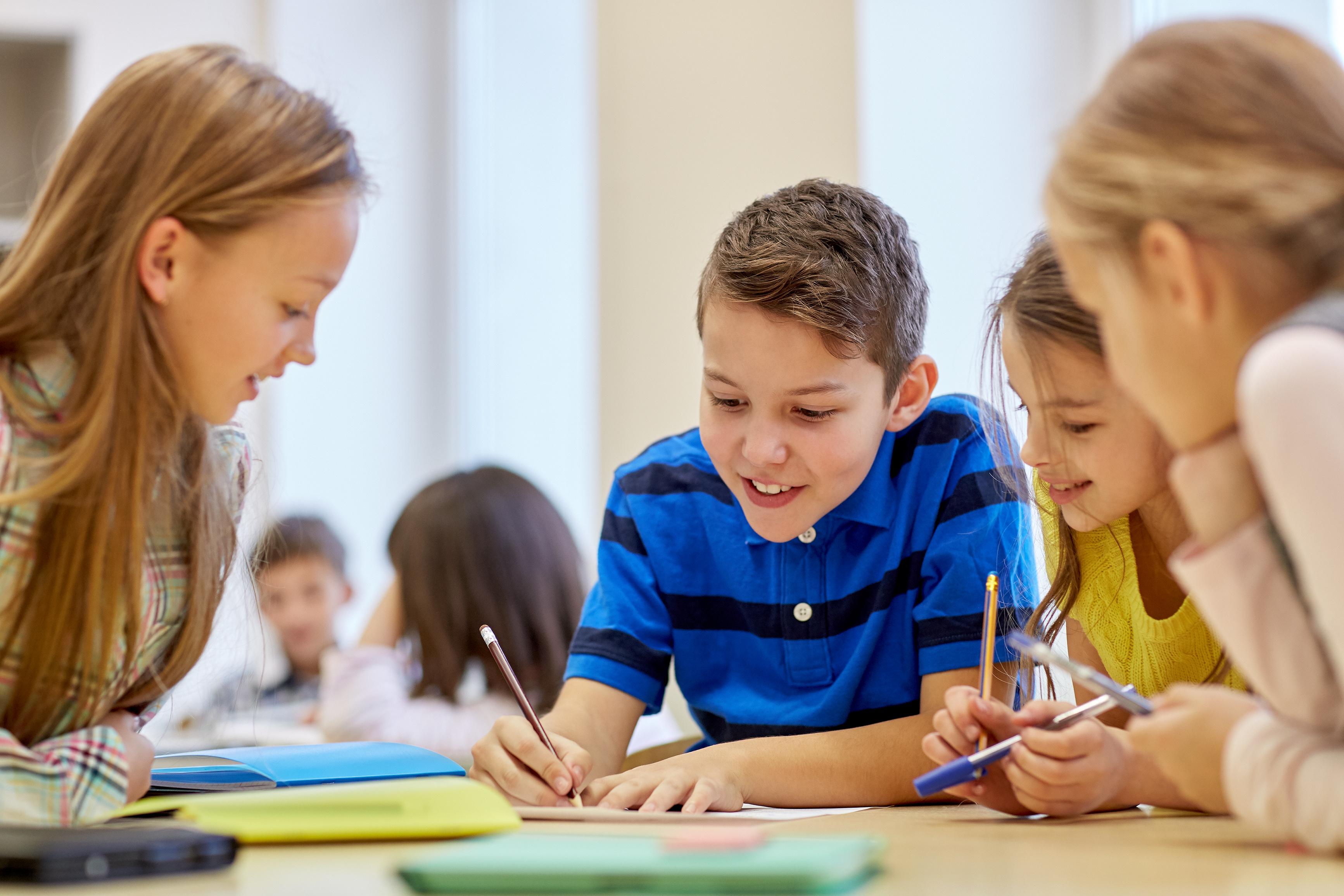 Dětské kresby budou zdobit nový atlas Česka, vyjde v březnu