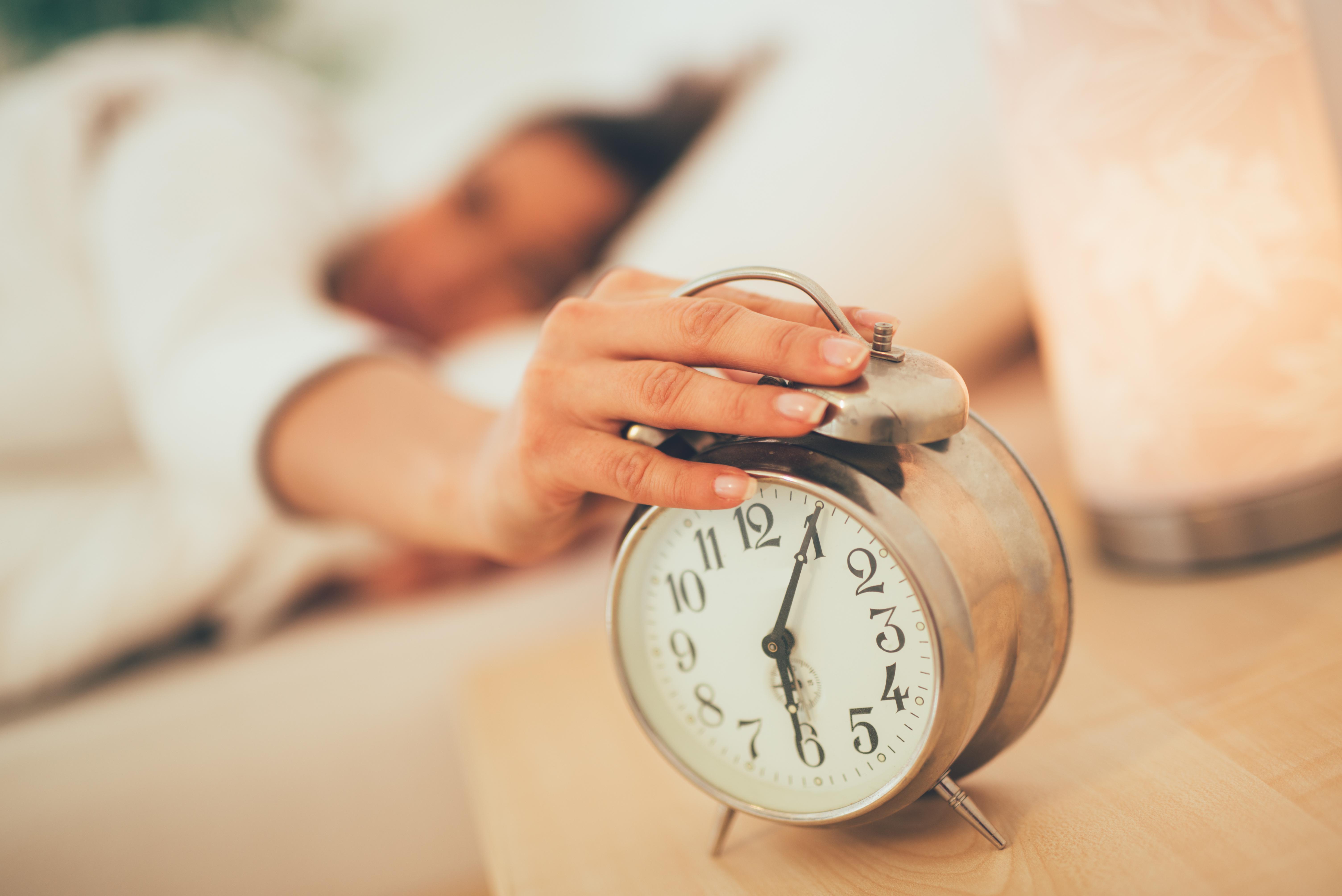 Brzké vstávání pomáhá k vyšší výkonosti