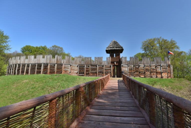 Archeopark v Chotěbuzi se po dvouleté pauze otevřel návštěvníkům