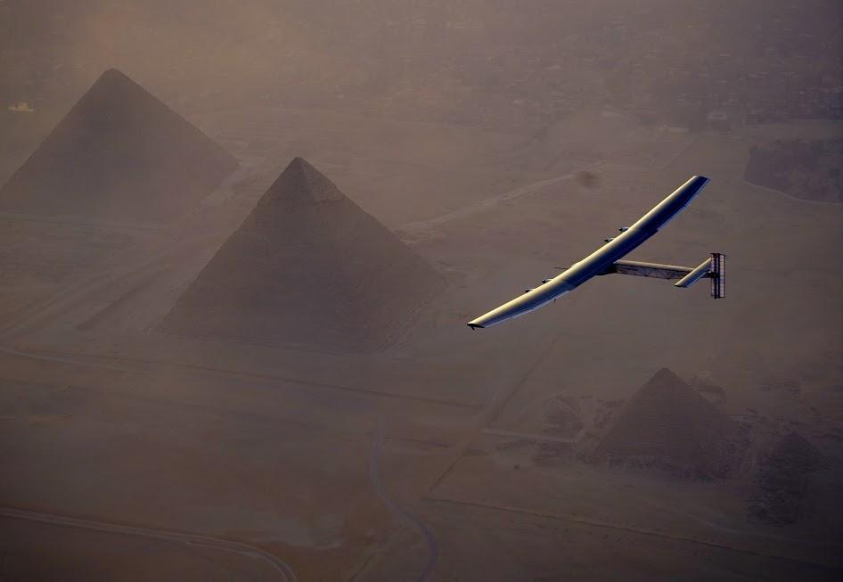 Poslední etapa pro Solar Impulse 2. Letadlo na sluneční pohon dokončuje cestu kolem světa