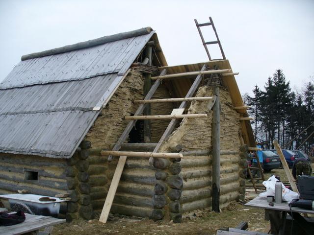 U Vítkova na Liberecku roste středověké venkovské sídlo z 12. století