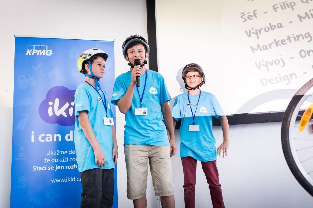 Soutěž dětských nápadů ovládl projekt dobíjení mobilu jízdou na kole
