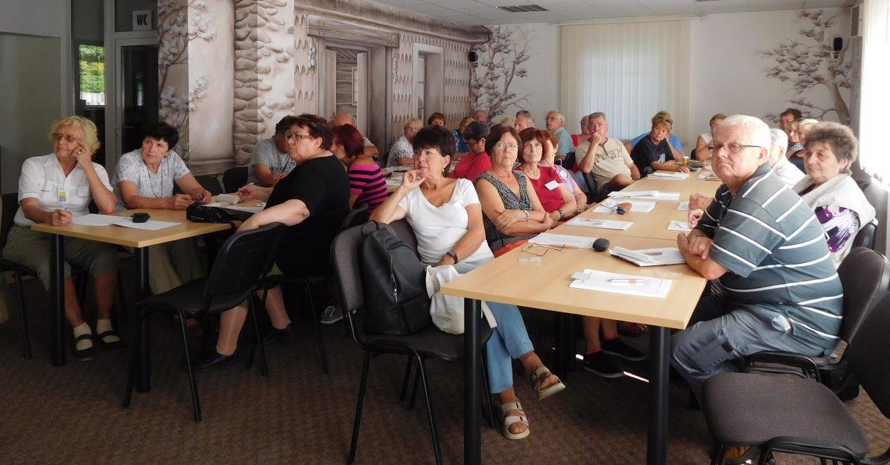 Plzeňský projekt pomáhá seniorům zvýšit přehled i sebevědomí