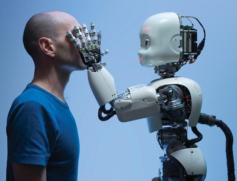 VNěmecku vzniká robot učící se napodobováním
