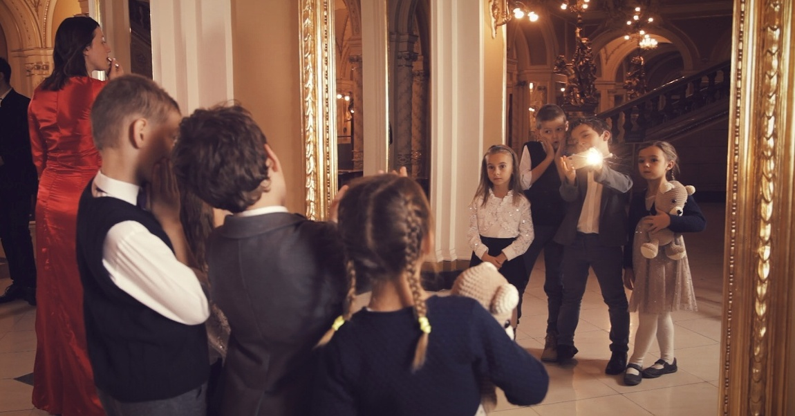 Brněnské divadlo chce pomocí veřejné sbírky pozvat na představení děti z dětských domovů