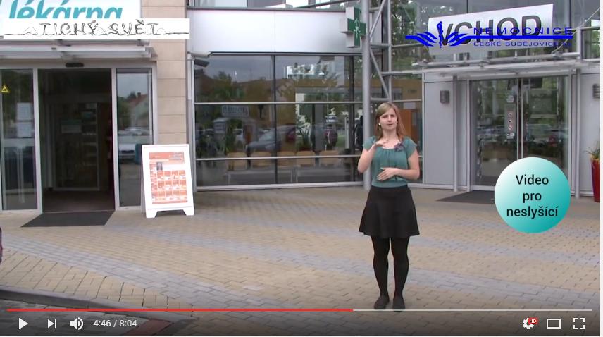 Video českobudějovické nemocnice usnadňuje orientaci pacientům se sluchovým postižením
