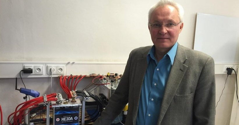 Český vědec vyvinul velkokapacitní baterii s nanomateriály