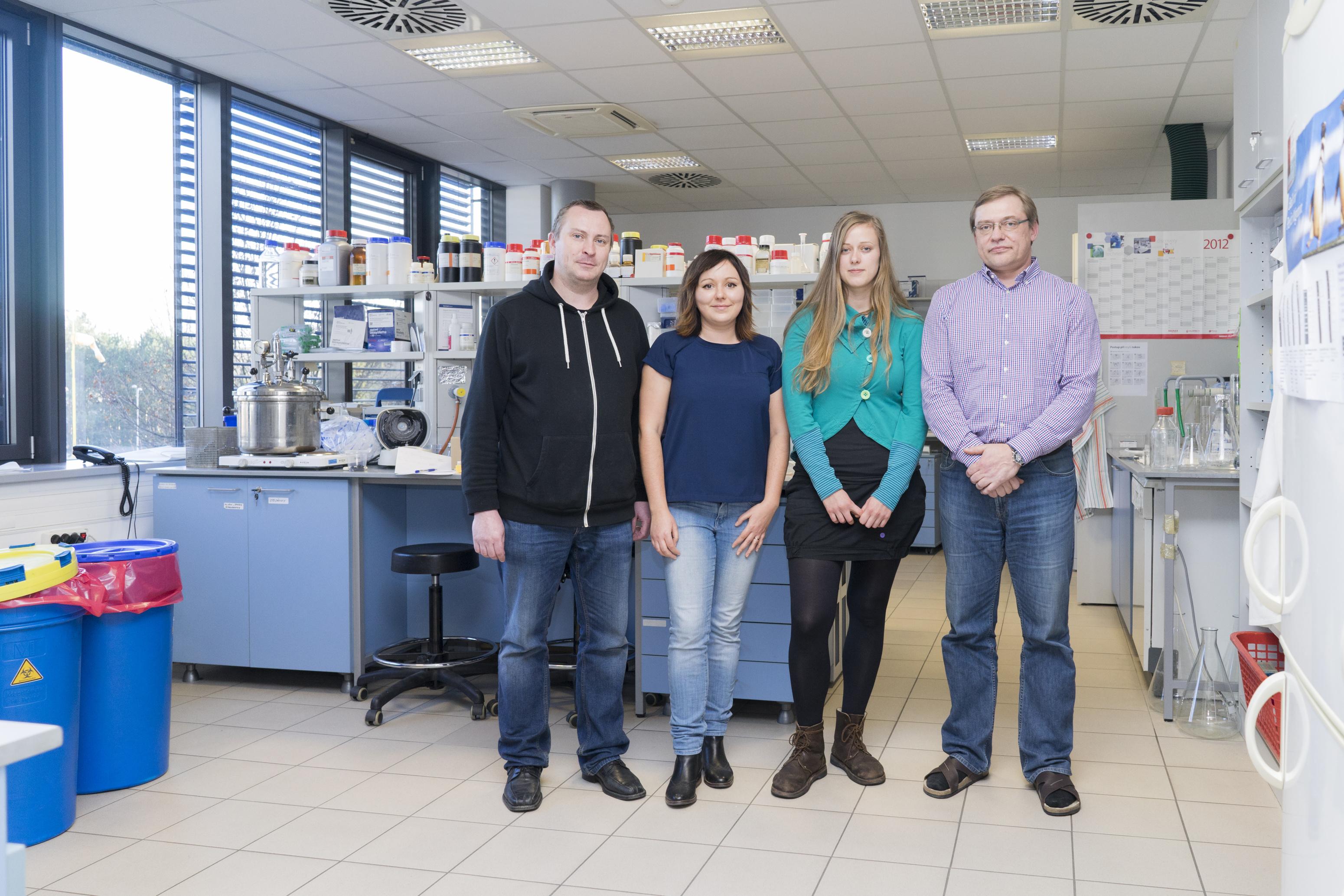 Vědci z Brna zmapovali původce syfilis. Pomůže to vývoji vakcíny