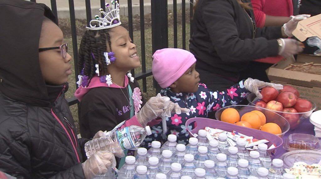 Holčička vyměnila oslavu narozenin za pomoc potřebným