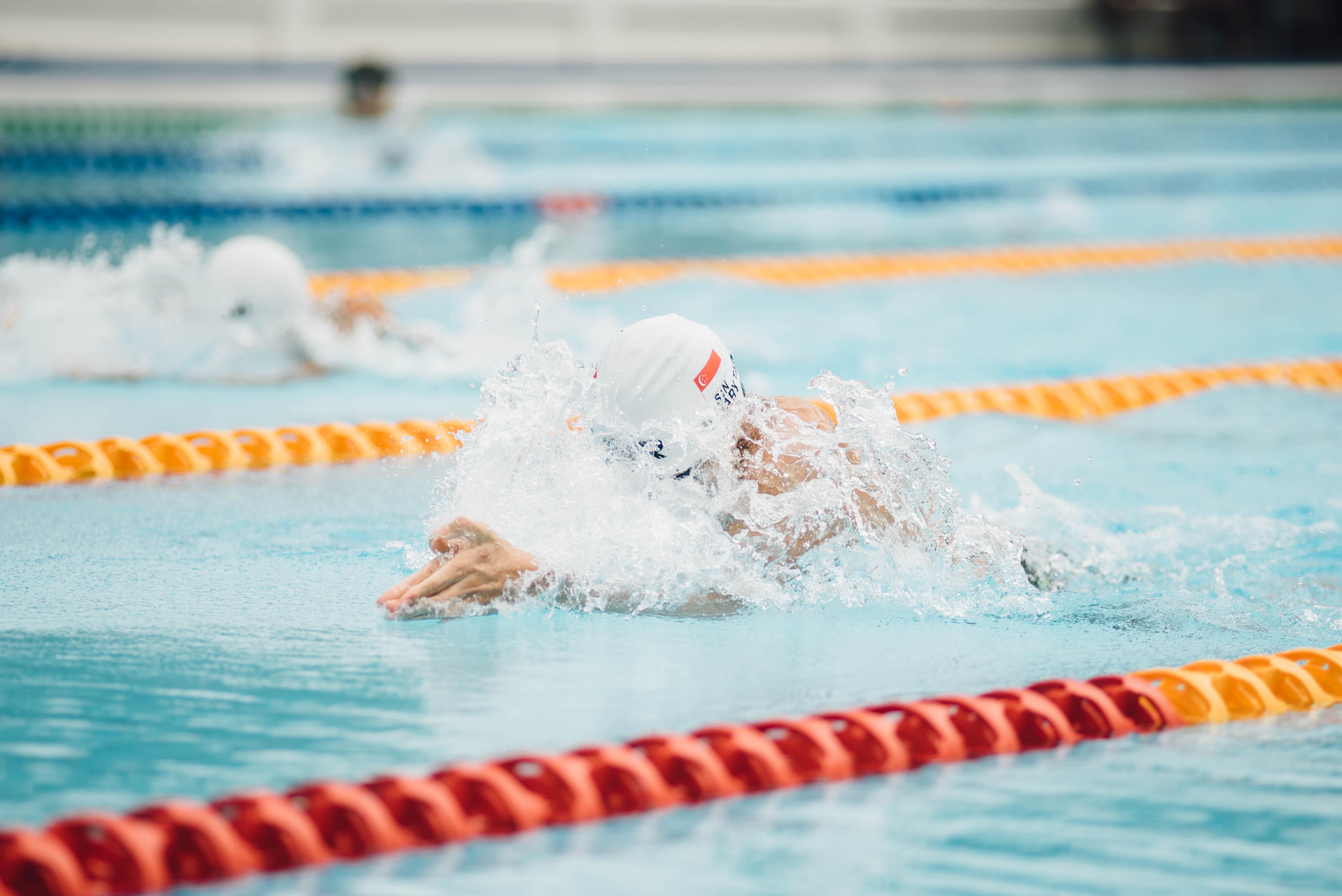 Brno plánuje opravit každoročně jeden školní bazén