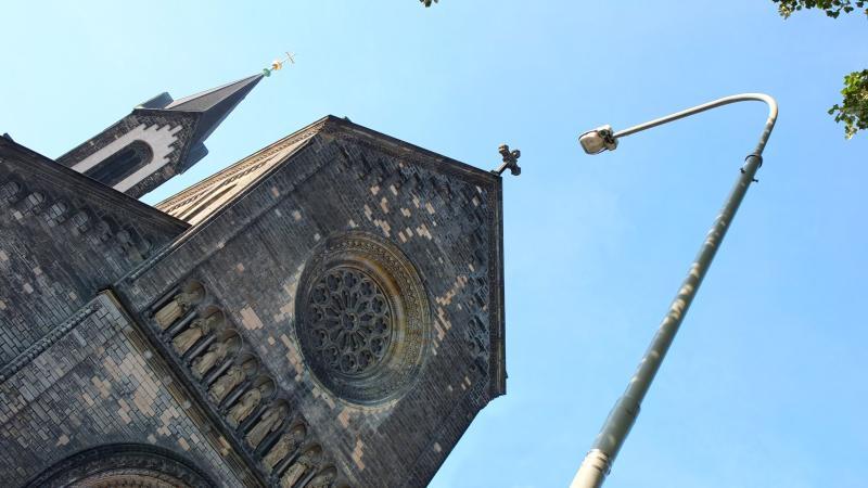 V pražském Karlíně přibudou chytré sloupy veřejného osvětlení