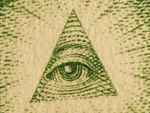 Google zesílil boj proti vyhledávání konspiračních teorií