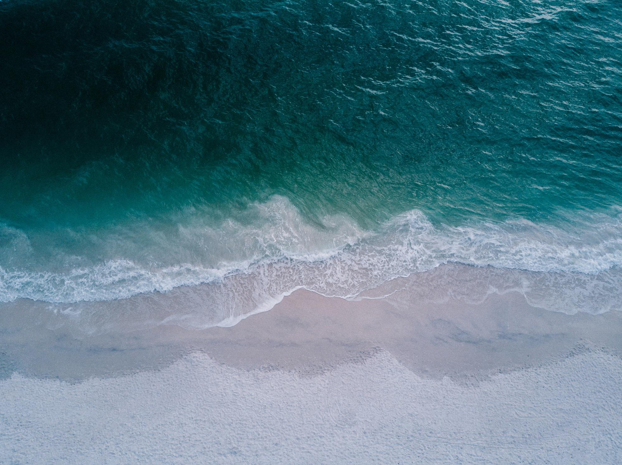 Lush sbírá plastový odpad z oceánů a mění ho v obaly na kosmetiku
