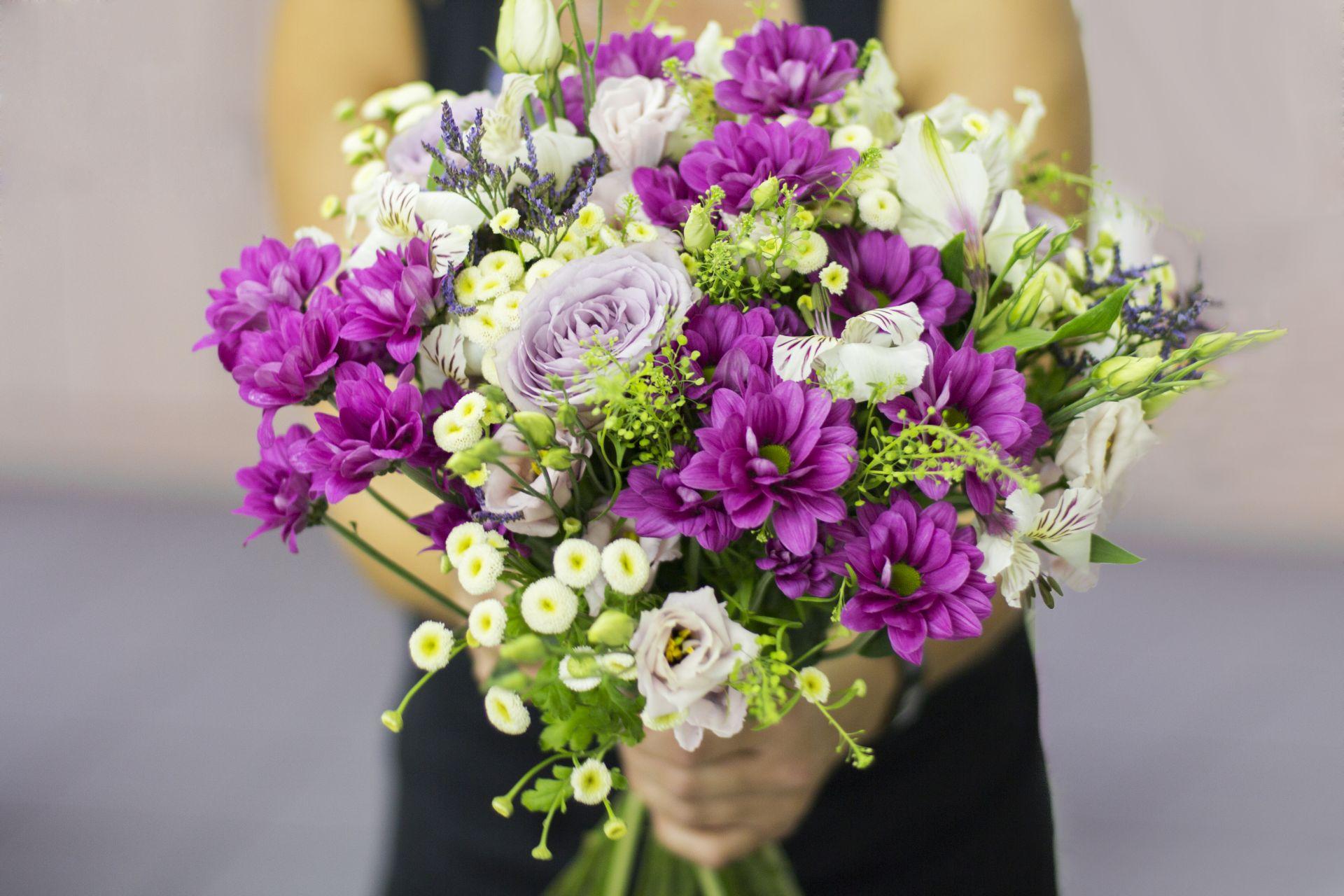 V Aranžérii vyrábějí květinové dekorace lidé s epilepsií