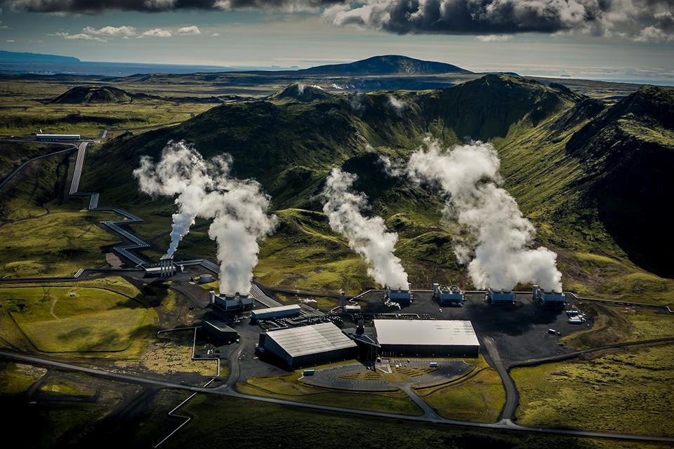 Islanďané testují první elektrárnu se zápornými hodnotami emisí oxidu uhličitého