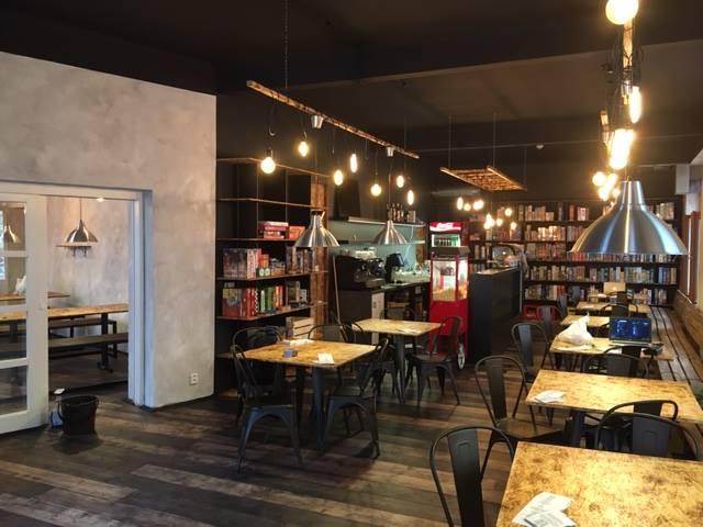 V Praze se otevřela první kavárna s deskovými hrami